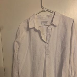 Liz Claiborne White Tunic. USED